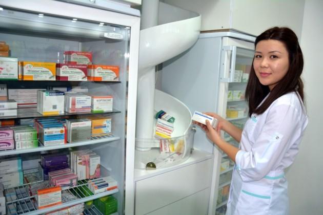 В Актау открылась роботизированная аптека
