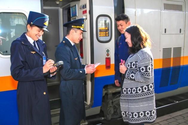 Национальный перевозчик повышает уровень сервиса впоездах
