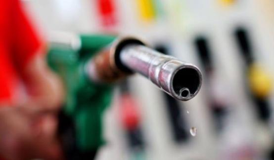 Моторное топливо подорожает из-за ремонтов НПЗ