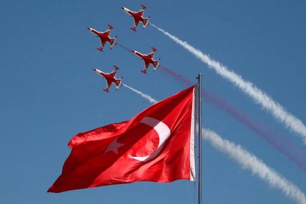 Турция выпустит первый отечественный истребитель