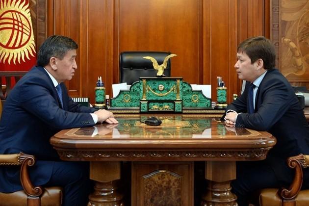 Сооронбай Жээнбеков отправил правительство Кыргызстана вотставку