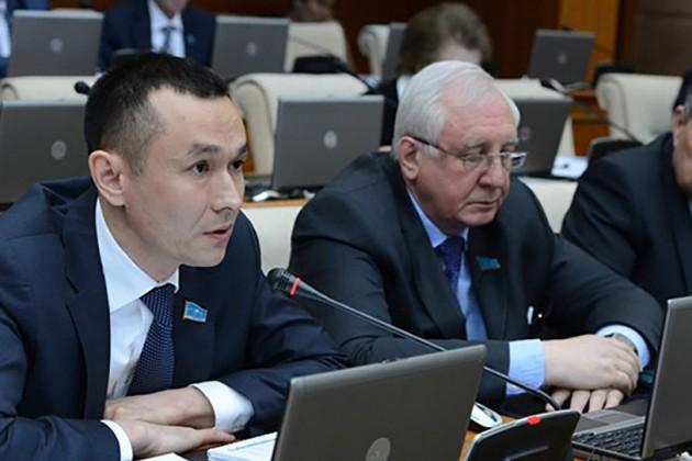 Депутаты просят выделить средства наразвитие инфраструктуры вселах