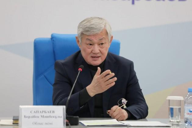 Бердибек Сапарбаев встретился с общественностью Алматы