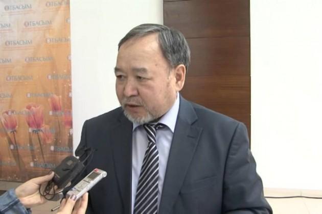 Садыбек Тугел сдал экзамен на знание казахского языка