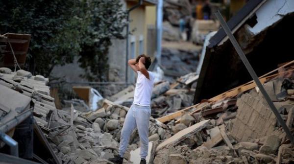 Количество погибших при землетрясении в Италии возросло до 293