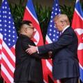 Дональд Трамп иКим Чен Ынзавершили встречу тет-а-тет
