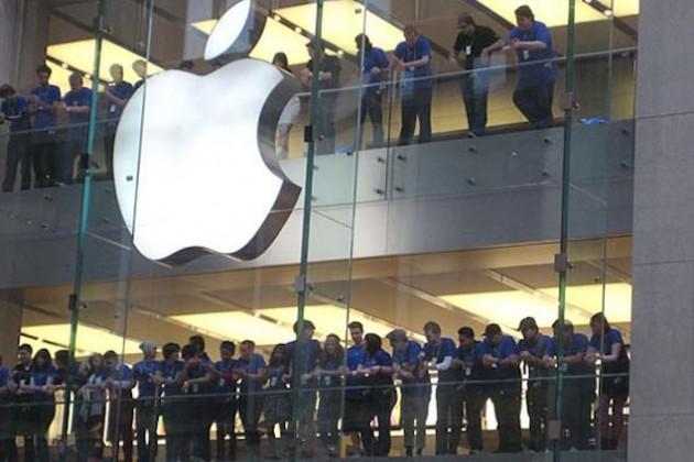 Apple спрогнозировала первое за 13 лет падение доходов