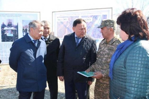Даниал Ахметов одобрил выделение средств наснегозадерживающие щиты