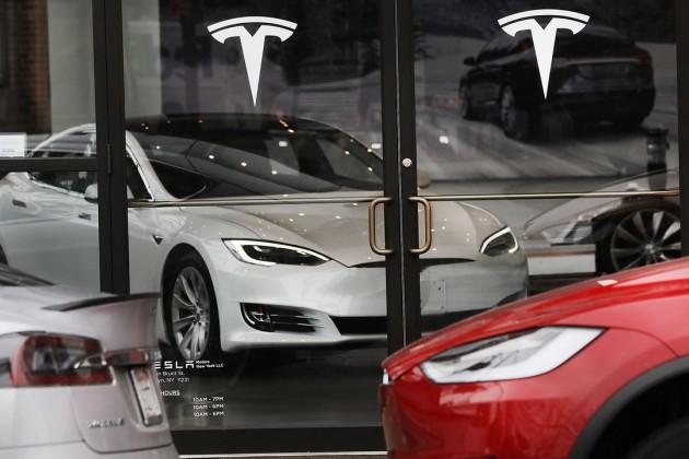 Tesla начала поставлять в Китай Model 3