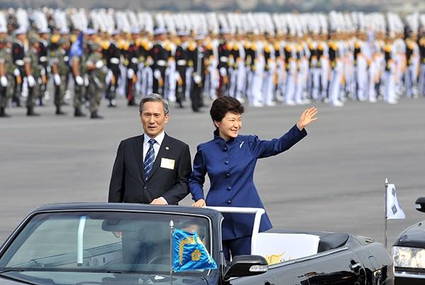 ВЮжной Корее арестован прошлый министр обороны
