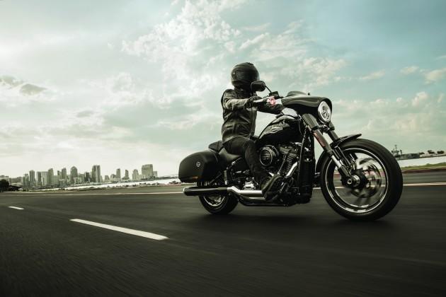 Harley-Davidson Sport Glide 2018— два водном